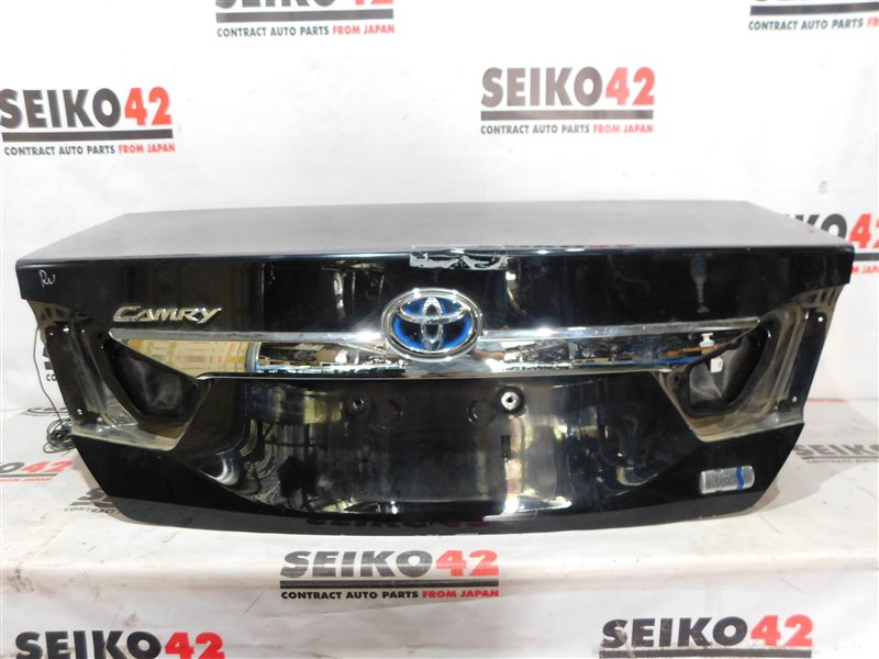Крышка багажника Toyota Camry AVV50 задняя (б/у)