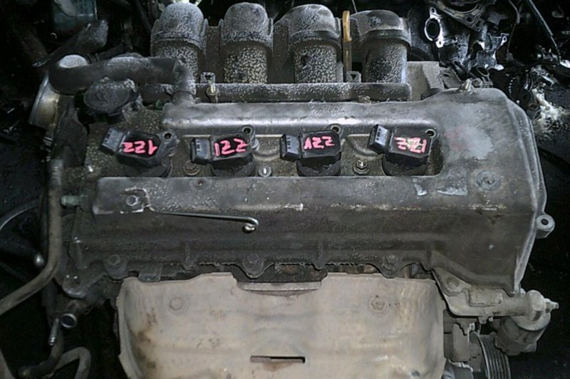 Поддон Toyota Wish ZNE10G (б/у)