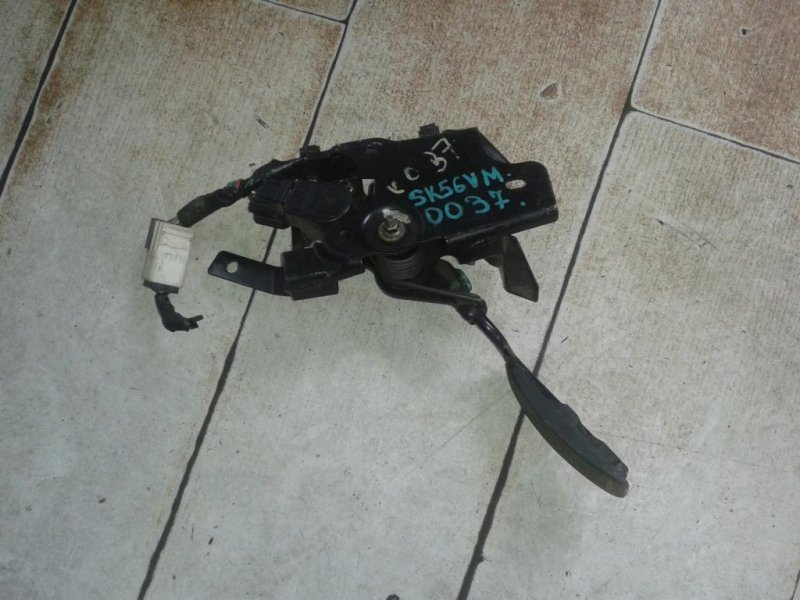 Педаль газа Mazda Bongo Brawny SK56VM (б/у)