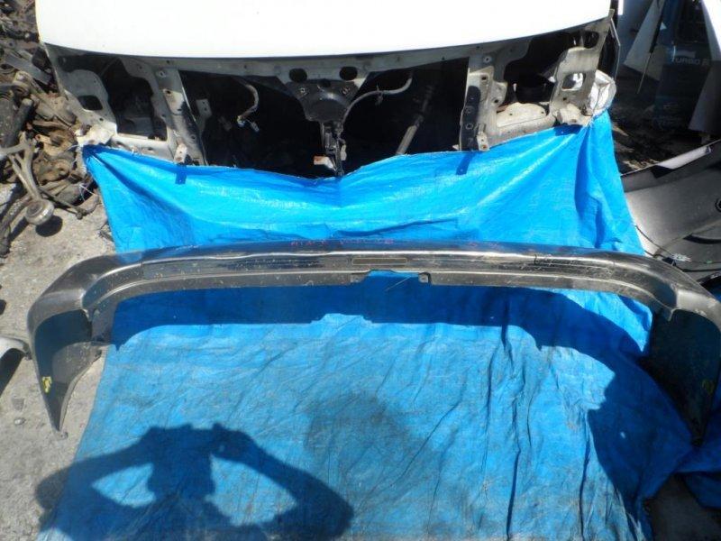 Бампер Toyota Regius VCH16 задний (б/у)