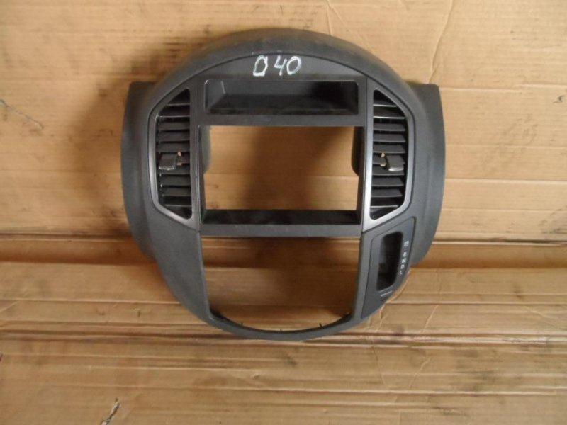 Консоль магнитофона Nissan Lafesta U30 2000 (б/у)