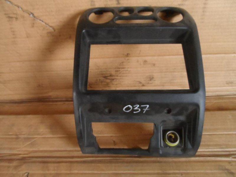 Консоль магнитофона Toyota Cami J122E 2000 (б/у)