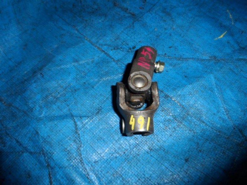 Рулевой карданчик Toyota Probox NCP51 2002 левый (б/у)