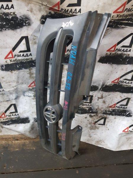 Решетка радиатора Toyota Noah CR50 2CT (б/у)