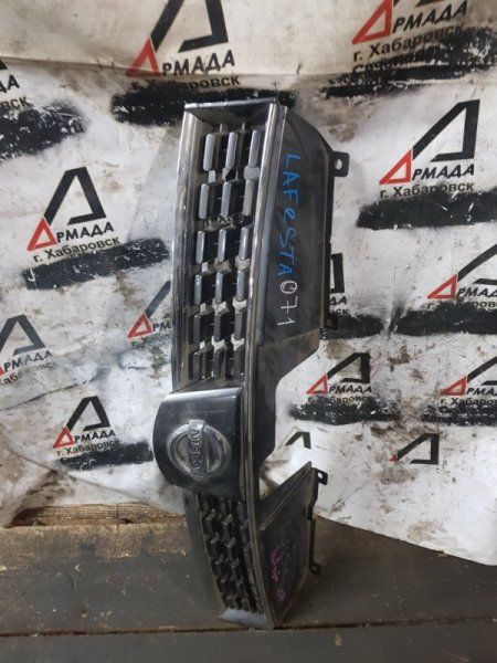 Решетка радиатора Nissan Lafesta NR30 MR20 (б/у)