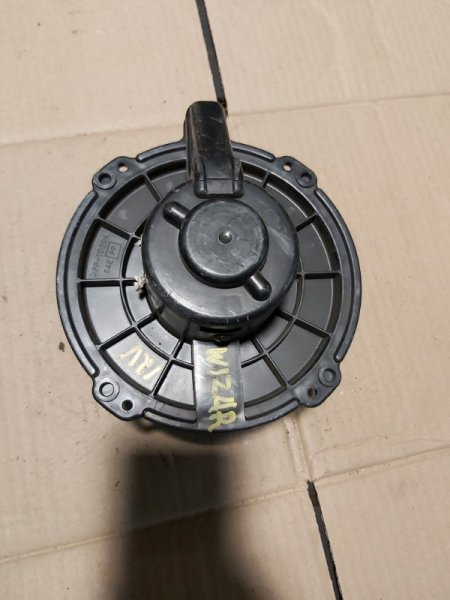 Мотор печки Isuzu Wizard UCS69 4JG2 (б/у)