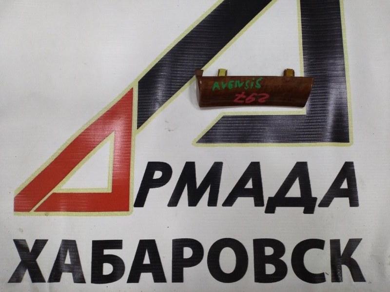 Консоль панели Toyota Avensis AZT251 передний (б/у)