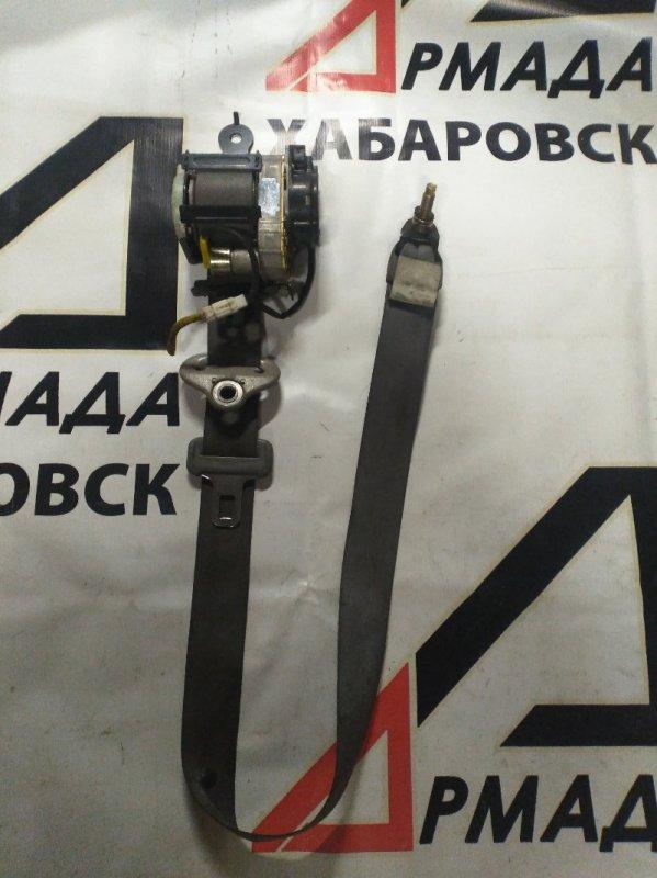 Ремень безопасности Nissan Presage U30 передний правый (б/у)