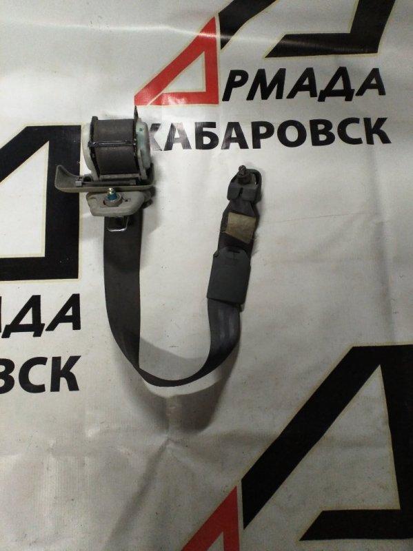Ремень безопасности Toyota Regius LXH49 левый (б/у)