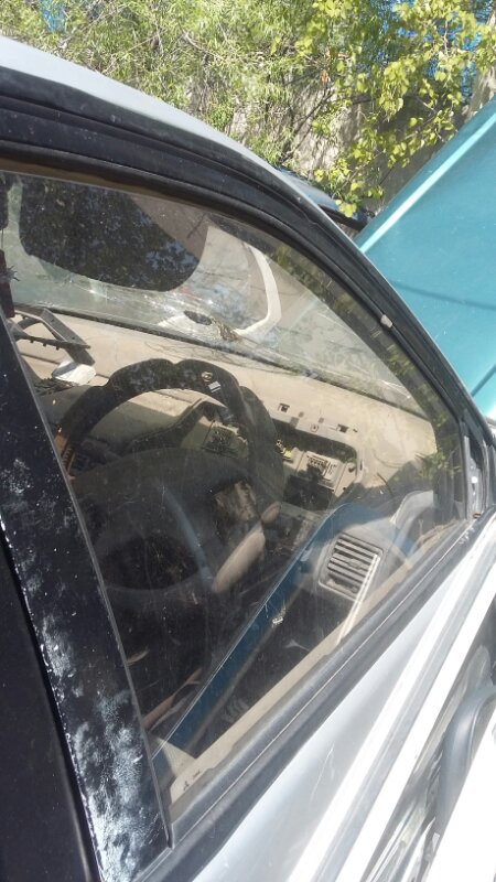 Стекло двери Mitsubishi Rvr N23W переднее правое (б/у)