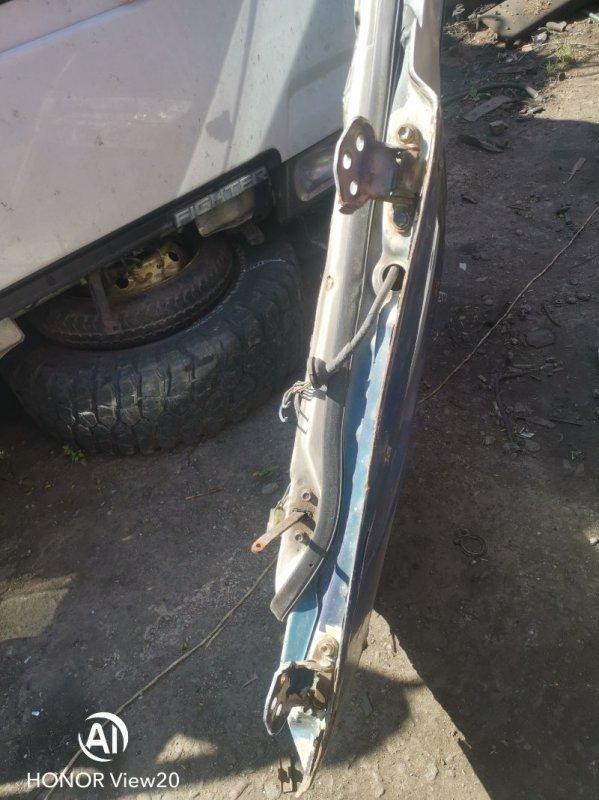 Петли двери кабины Hino Truck FR63 левые верхние (б/у)