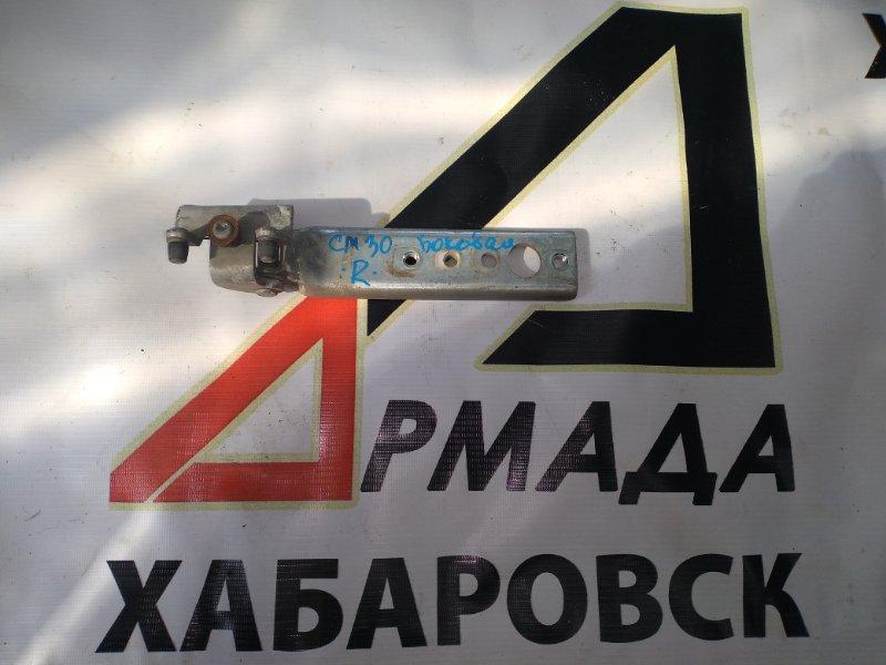 Ролик двери Toyota Lite Ace CM30 правый (б/у)