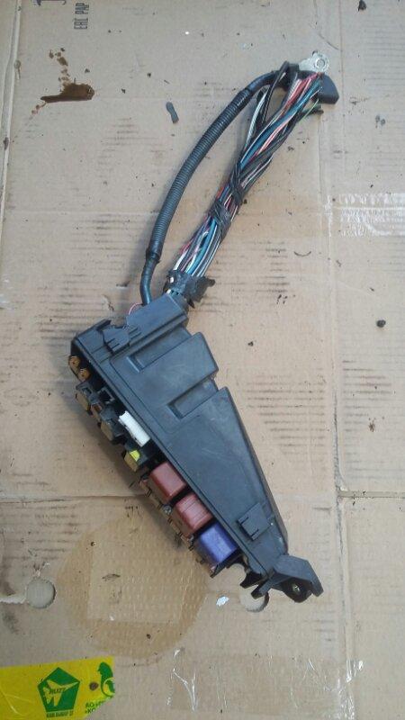 Блок предохранителей Toyota Celsior UCF31 3UZFE (б/у)