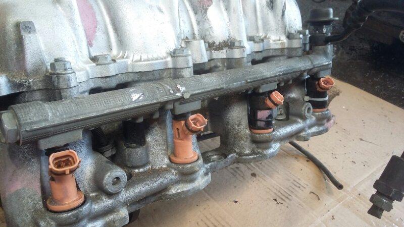Топливная рейка Toyota Celsior UCF31 3UZFE (б/у)