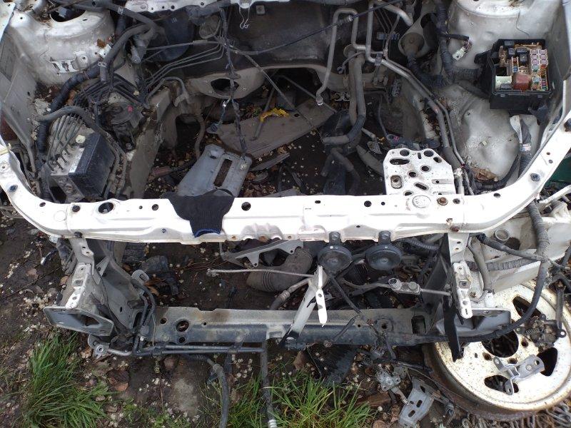 Планка телевизора Toyota Ipsum ACM21 2AZ (б/у)