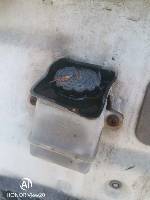 Бачок гидроусилителя Nissan Ud CV450 (б/у)