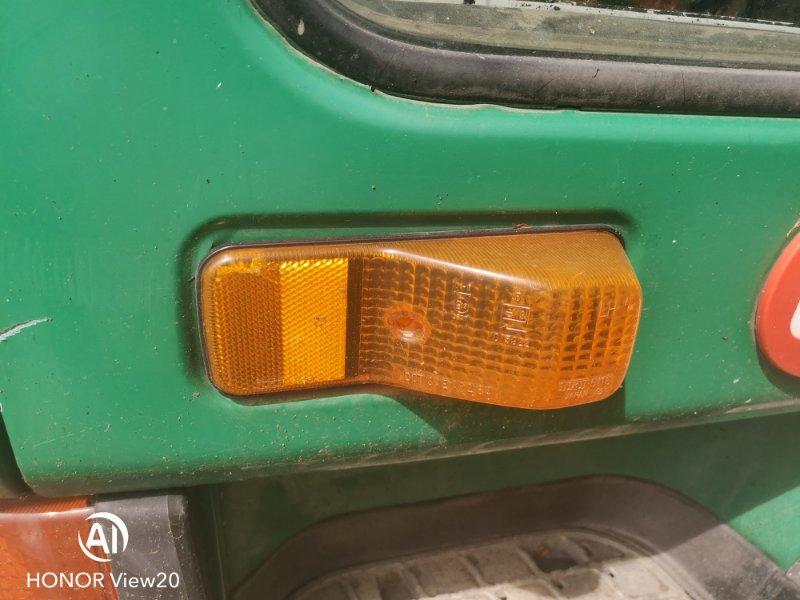 Повторитель поворота в дверь Nissan Ud CV450 левый (б/у)