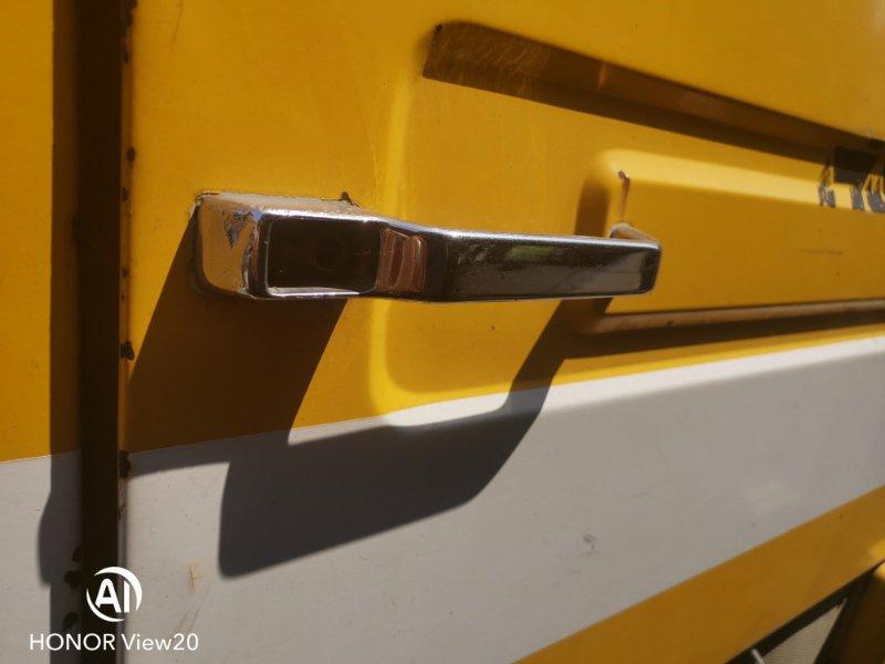 Ручка двери внешняя Mitsubishi Fighter FK415 6D14 1990 задняя правая (б/у)