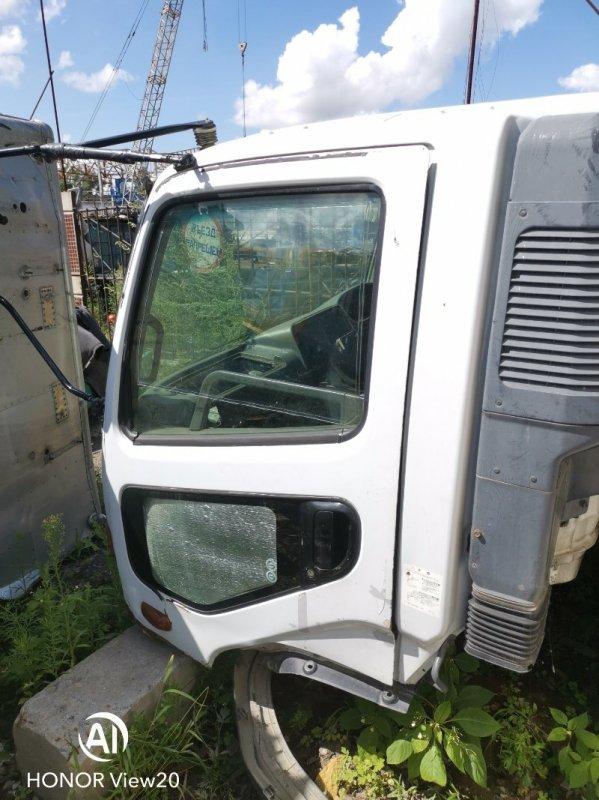 Уплотнительная резинка на стекло двери Miitsubishi Fuso FK71 6M61 левая (б/у)