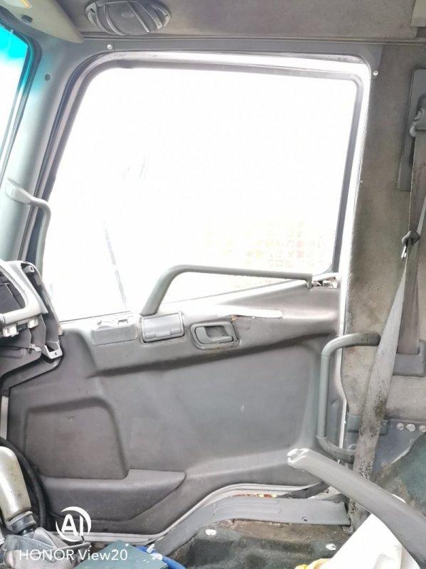 Моторчик стеклоподъемника Miitsubishi Fuso FK71 6M61 правый (б/у)