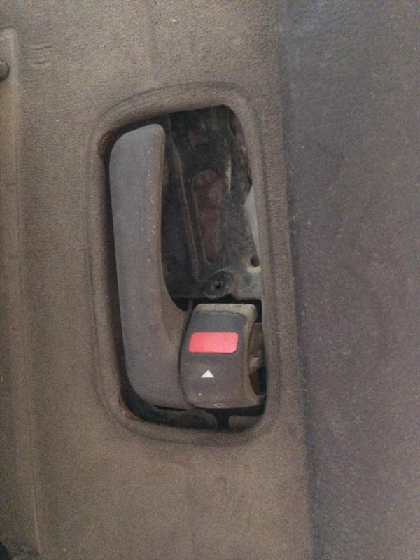 Ручка двери внутренняя Toyota Land Cruiser HDJ81 задняя правая (б/у)