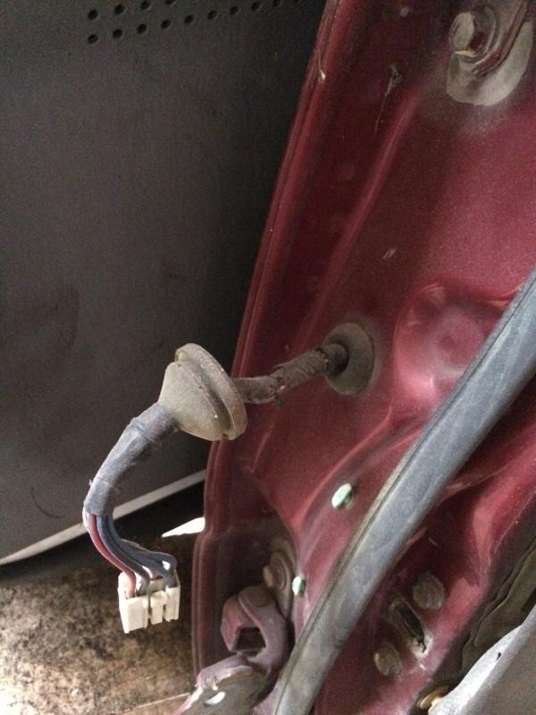 Проводка двери Toyota Land Cruiser HDJ81 задняя правая (б/у)