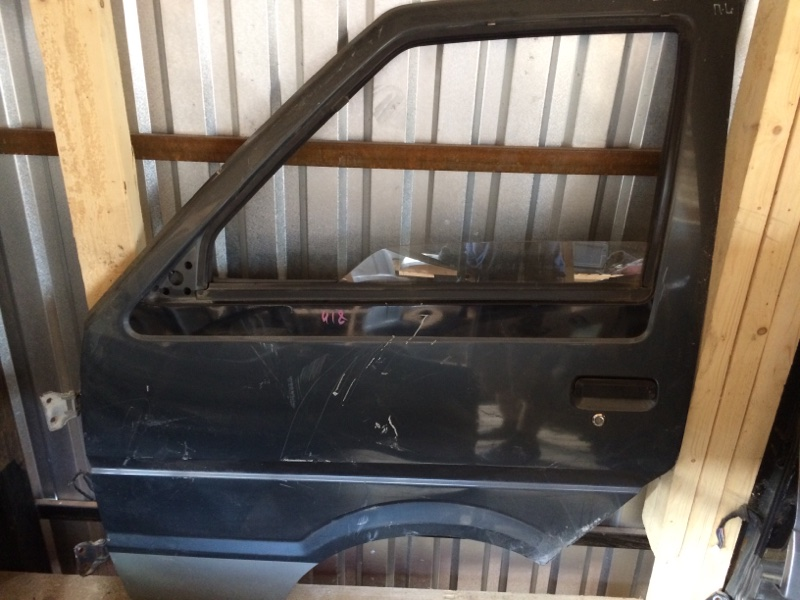 Дверь Nissan Largo C22 передняя левая (б/у)