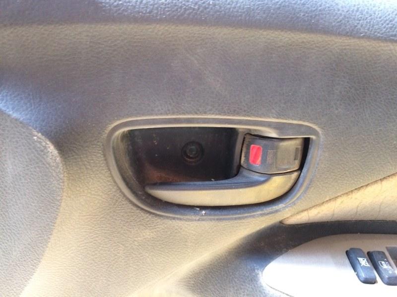 Ручка двери внутренняя Toyota Belta SCP92 передняя правая (б/у)