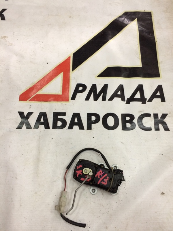 Активатор замка двери Nissan Vanette SK22 задний правый (б/у)