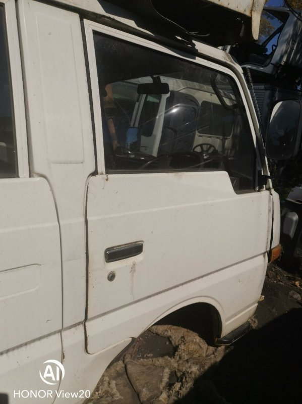 Ручка двери Nissan Atlas UF22 NA16 передняя правая (б/у)