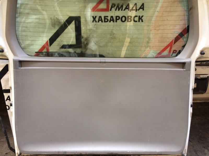 Дверная карта Nissan Elgrand AVE50 (б/у)