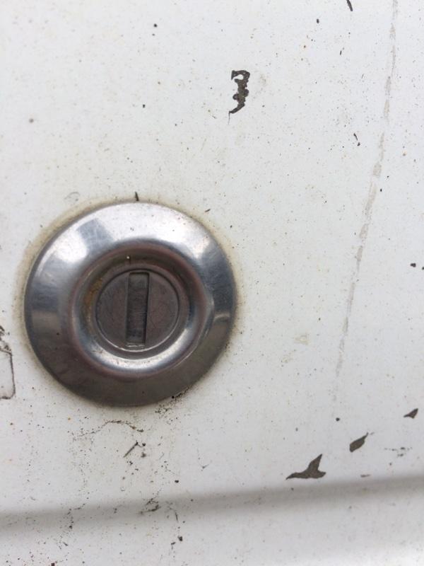 Личинка замка Mazda Bongo Friendee SGLR передняя правая (б/у)
