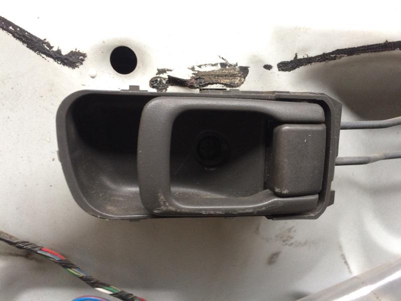 Ручка двери внутренняя Nissan Elgrand AVE50 передняя правая (б/у)