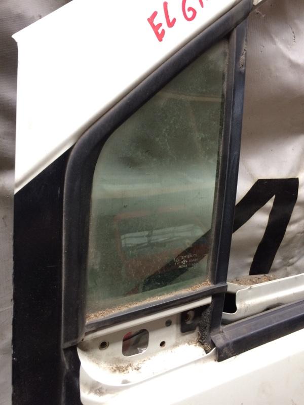 Форточка двери Nissan Elgrand AVE50 передняя левая (б/у)