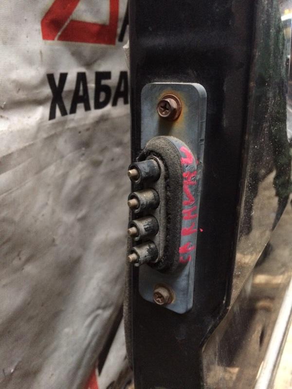 Доводчик двери Nissan Caravan ARME24 задний левый (б/у)