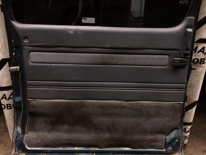 Дверная карта Toyota Hiace LH168 задняя левая (б/у)