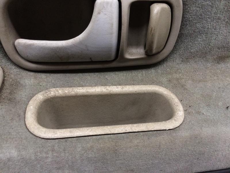 Карман Nissan Largo NW30 передний правый (б/у)
