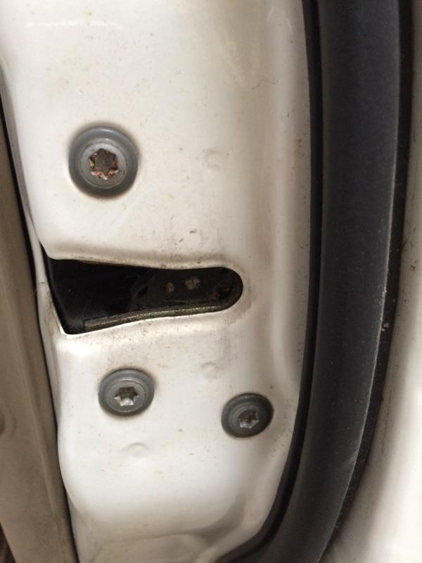 Замок двери Toyota Crown JZS171 передний правый (б/у)