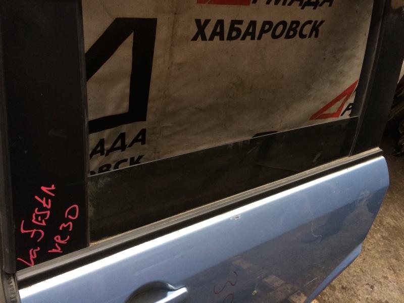 Стекло двери Nissan Lafesta NR30 заднее левое (б/у)