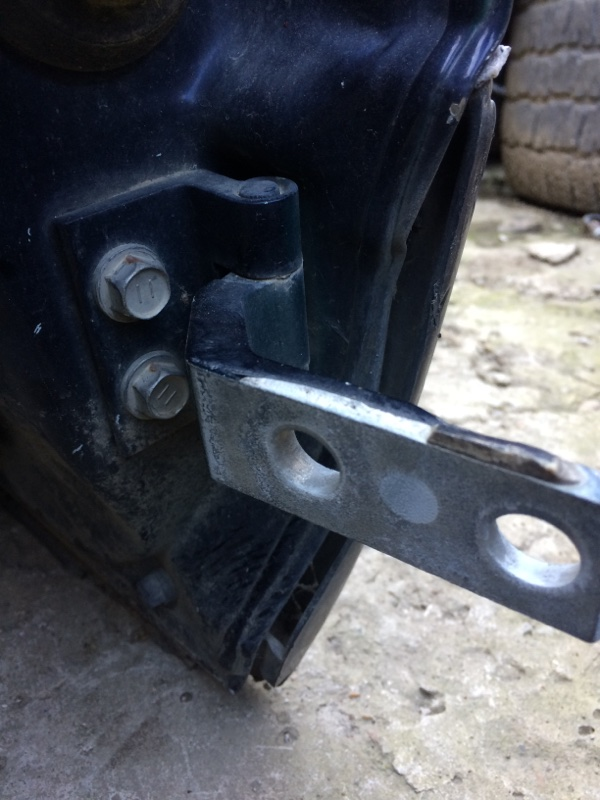 Петли на дверь Toyota Aristo JZS161 передние левые нижние (б/у)
