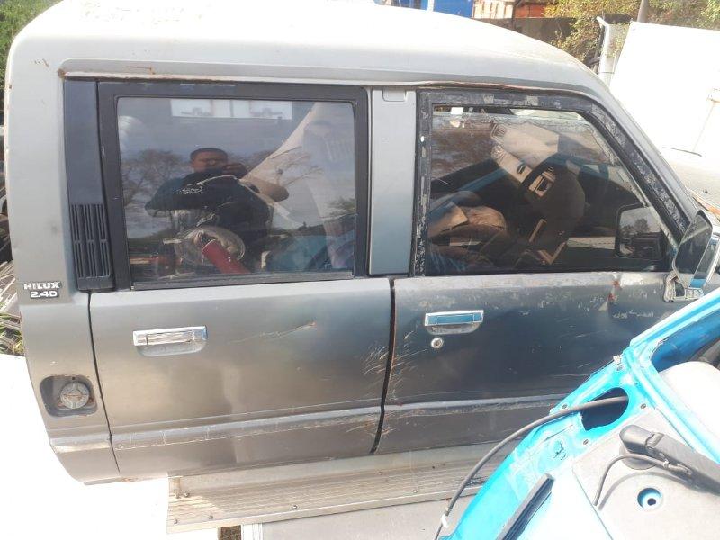 Замок двери Toyota Hilux LN65 передний правый (б/у)
