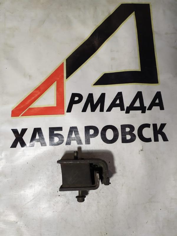 Подушка двигателя Nissan Homy KSE24 LD20 левая (б/у)