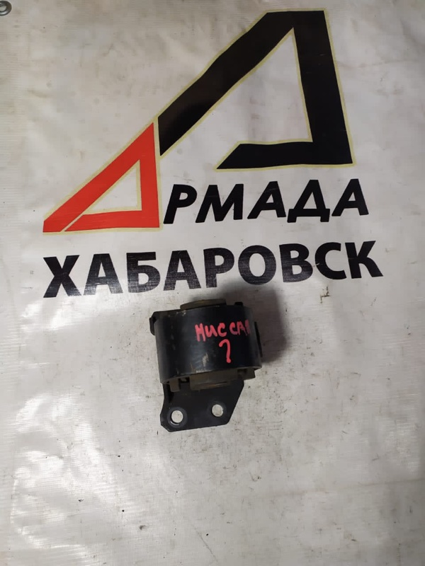 Подушка акпп Nissan Largo KUGC22 LD20 (б/у)