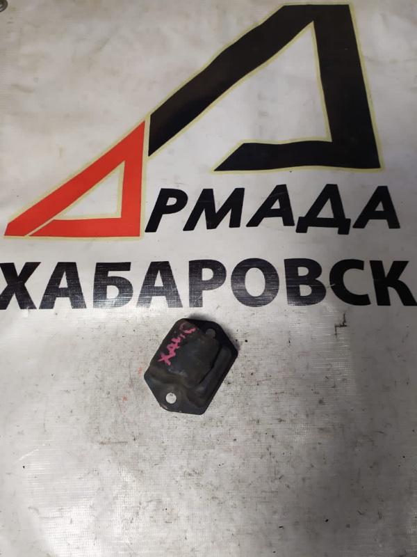 Отбойник рычага Toyota Toyoace LY101 передний (б/у)