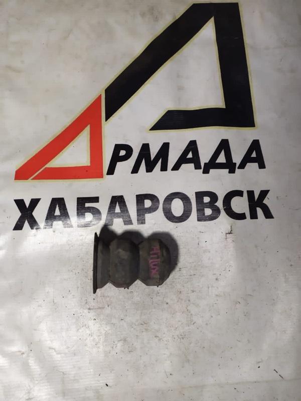 Отбойник Toyota Hilux Surf KZN130 1KZ задний (б/у)