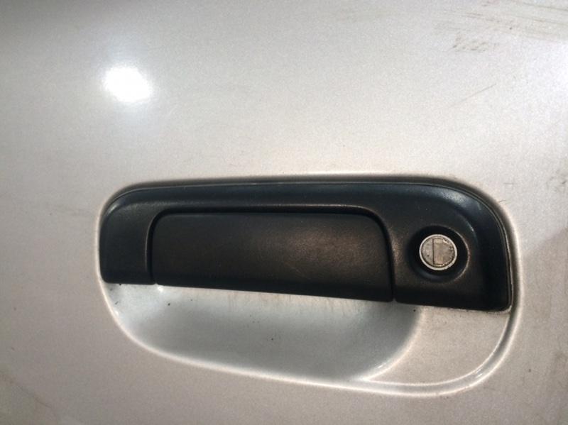 Ручка двери внешняя Toyota Granvia KCH16 передняя левая (б/у)
