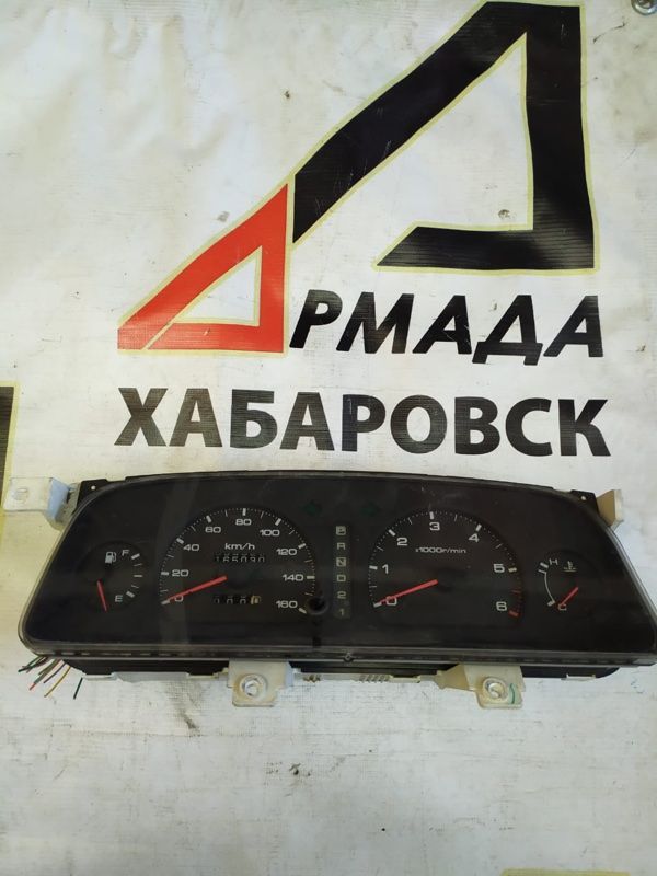 Панель приборов Nissan Caravan ARME24 TD27 (б/у)