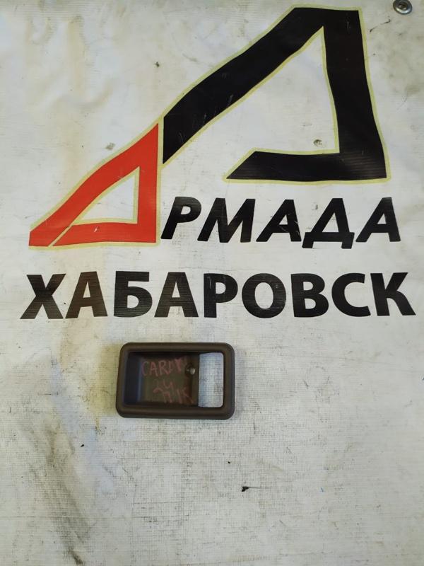 Накладка на ручки дверей Nissan Caravan ARME24 правая (б/у)