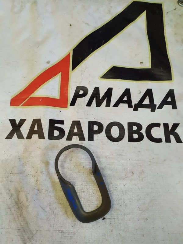 Накладка на ручки дверей Nissan March AK12 передняя правая (б/у)