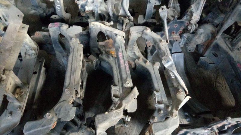 Подушка подрамника Hino Dutro XZU307 S05C левая (б/у)